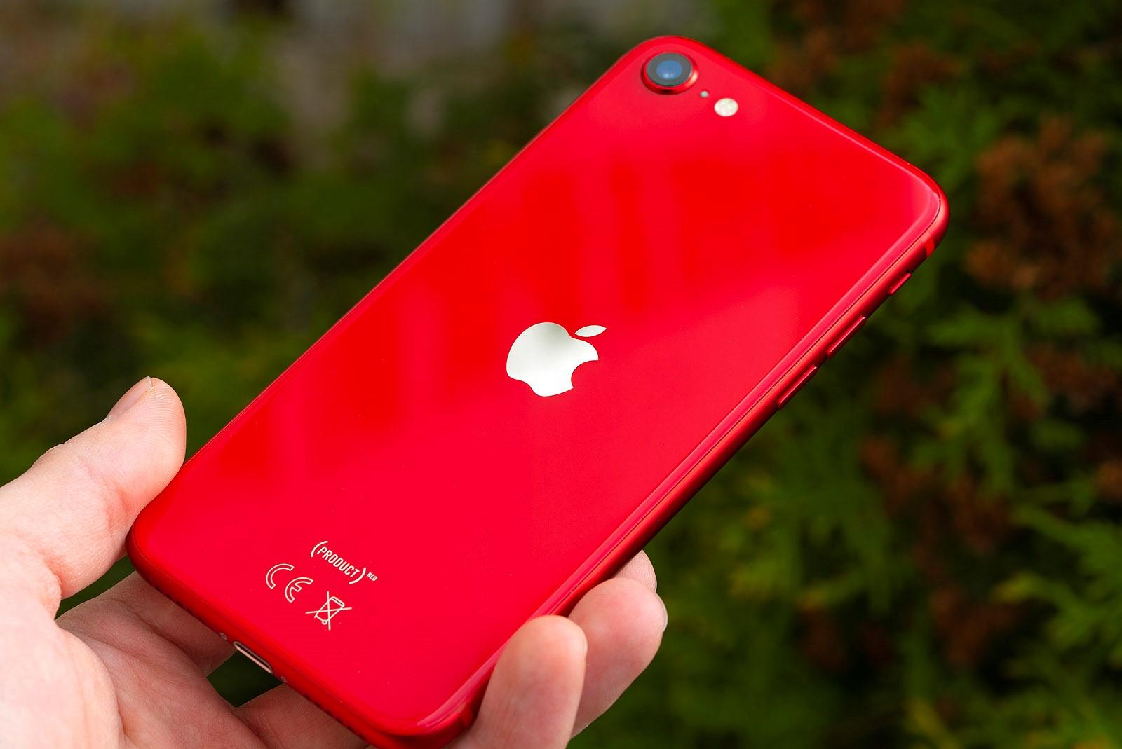 IPhone SE 2020 4