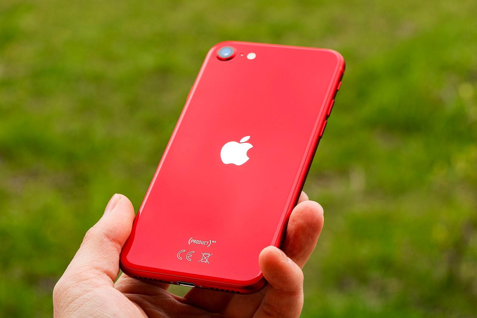 IPhone SE 2020 9