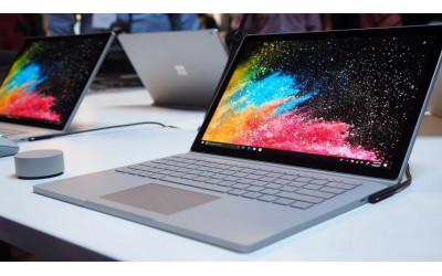 Как изменилась работа Surface Book 2 за год?